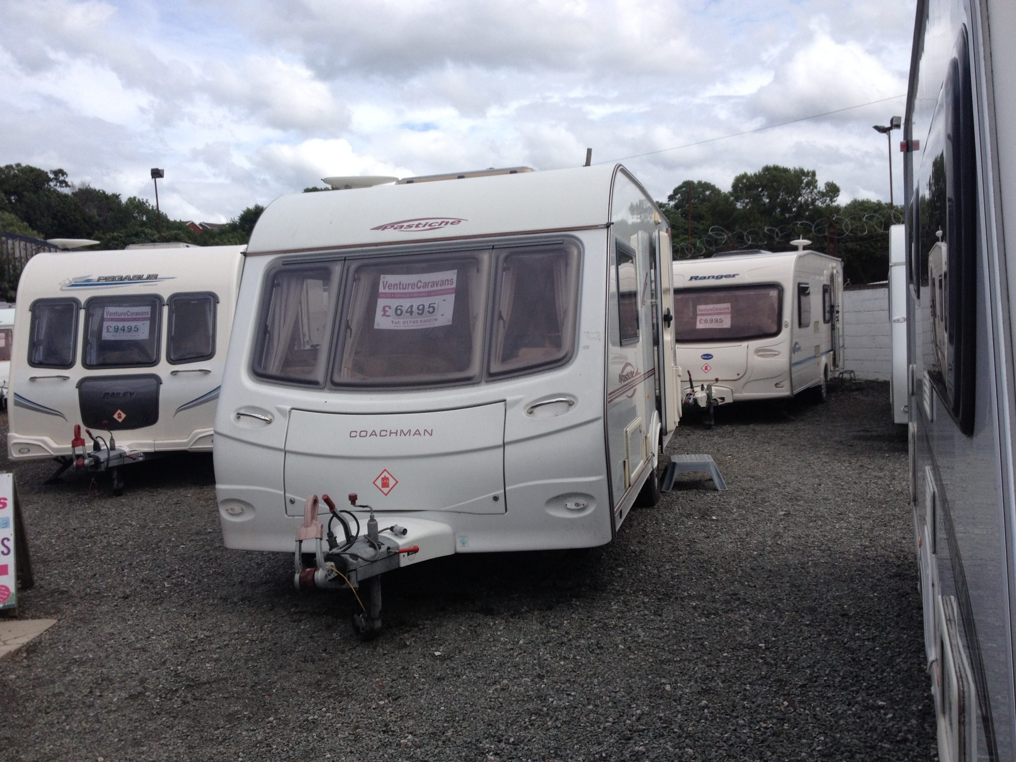 caravan pastiche 2 berth jul