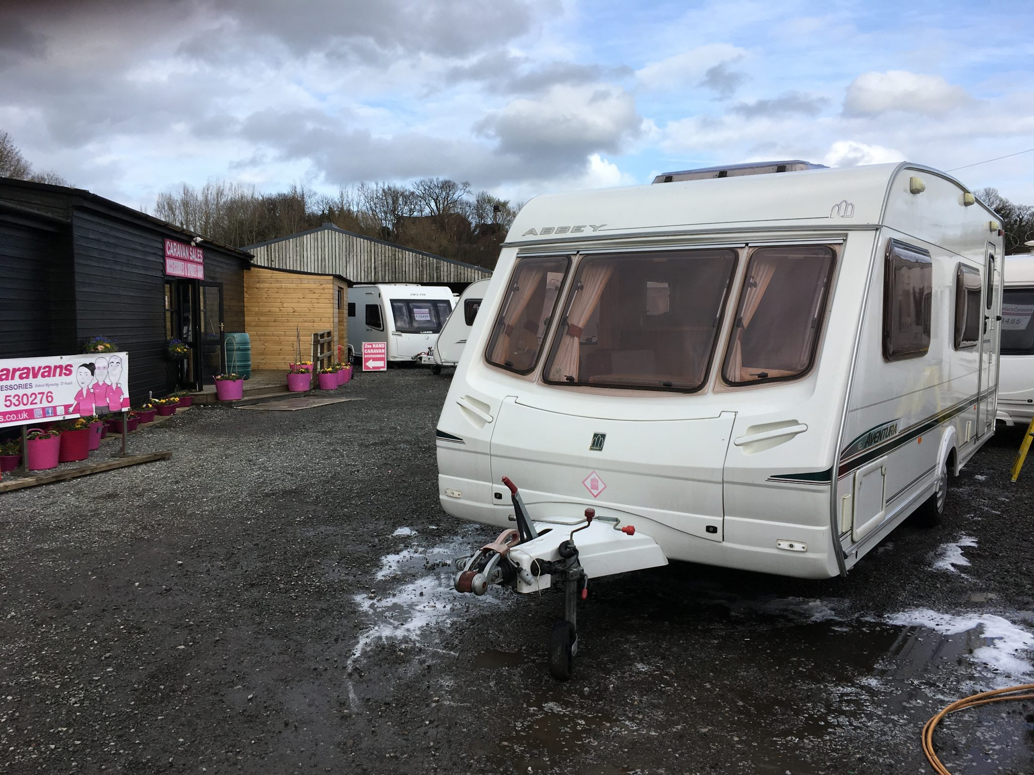 Abbey Aventura 330 6 berth